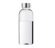 Klare Trinkflasche halbvoll mit klarem Wasser