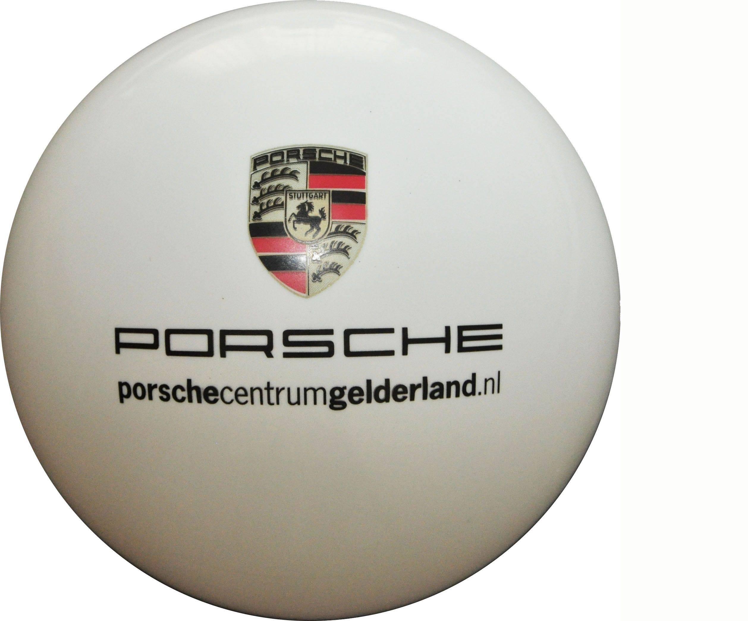 Porsche-85010013573320ec93811